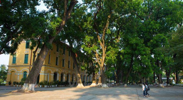 bieu cam ve mai truong than yeu 620x340 - Tả cảnh một buổi sáng trong công viên gần nơi em ở