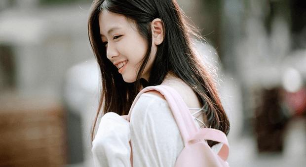 chan dung nu sinhb3fe 620x340 - Phân tích bài thơ Tràng Giang của Huy Cận văn 11