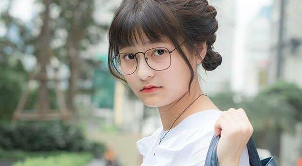 gai xinh di hoc dep 620x340 - Nêu suy nghĩ của em về phong trào tiếp sức mùa thi của thanh niên Việt Nam