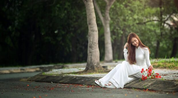 """hoaphuong 25 620x340 - Phân tích tác phẩm """"Vợ nhặt"""" của Kim Lân (lớp 12)"""